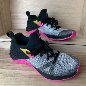 NWOT Women's Nike Metcon Flyknit 3 Sneakers